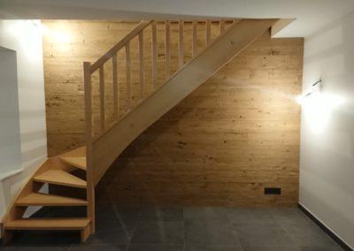 vernis escalier bois